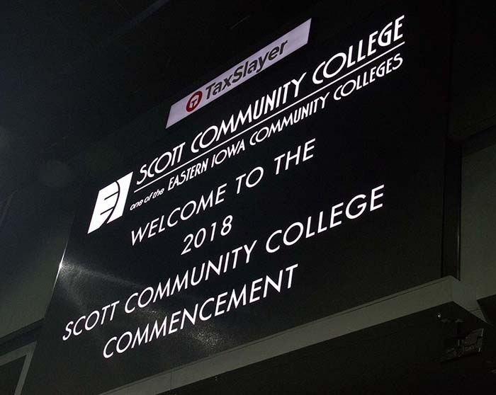 Taxslayer center screen displaying SCC Logo and message Welcome to the 2018 Scott Community College Commencement